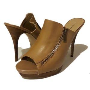 Tahari Tracy Tan Leather Ooen Toe Slides Heel